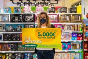 Ganadora del gran sorteo final del aniversario HiperDino 2020