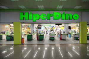 Fachada de una tienda HiperDino