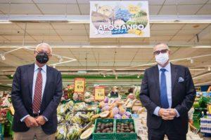 Javier Puga, consejero delegado de DinoSol Supermercados, y José Carlos Francisco, presidente de Corporación 5